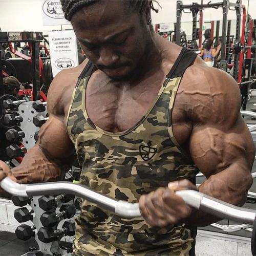 Что происходит с мышцами во время тренировки. Зачем шокировать мышцы во время тренировки