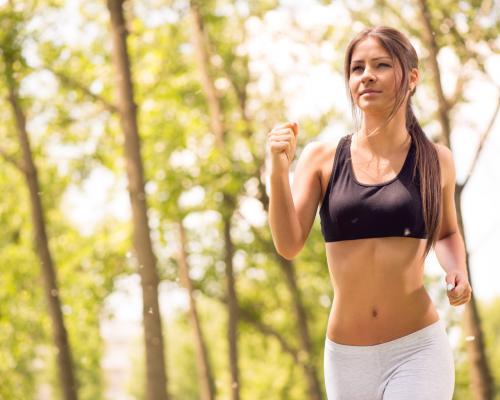 Стоит ли при простуде идти в спортзал. Какие виды спорта во время простуды не нанесут вреда?