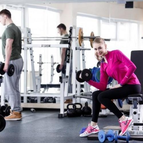 Если болит горло можно ли идти в спортзал. Можно ли ходить в спортзал при простуде, но без температуры?