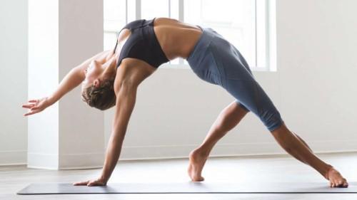 Утренняя зарядка для похудения легкая. Примеры самых популярных упражнений для утренней зарядки