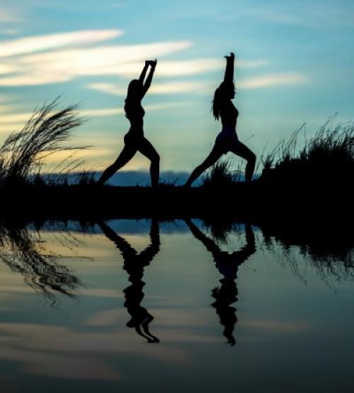 Короткая утренняя зарядка для похудения фитнес дома. Утренняя гимнастика дома для начинающих