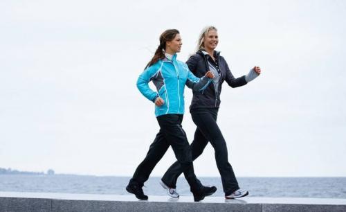 Ходьба сколько калорий сжигает. Сколько калорий тратится при ходьбе пешком