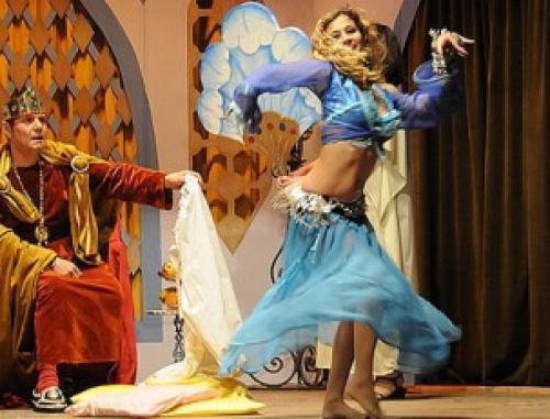 Как танцевать танец живота для мужа. Восточный танец дома – удивите любимого мужчину
