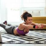 9 упражнений, способных заменить тренировку в зале.