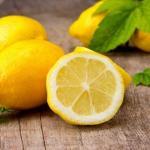 Мед, лимон и оливковое масло - домашний эликсир молодости.