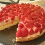 Тирольский пирог.  Калорийность на 100 г: 155 ккал.